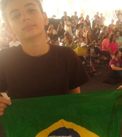 Pais vendem carro para filho de 12 participar de competição de dança em Portugal
