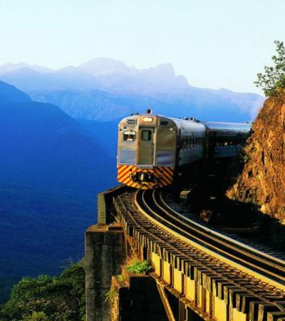 Passeio de trem no Paraná que está entre mais bonitos do mundo tem promoção em maio