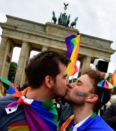 Outro 7 x 1: Alemanha prepara lei para proibir quem quiser praticar 'cura gay'