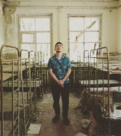 Diretor de 'Chernobyl' pede respeito após selfies e nudez em zona de exclusão