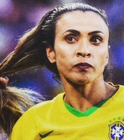 Marta marca e se torna a maior artilheira em Copas do Mundo na história