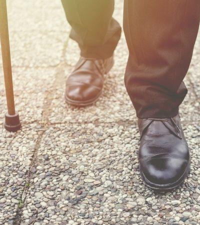 Empresa japonesa cria sapatos com GPS para encontrar idosos perdidos