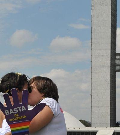 Homofobia e transfobia passam a ser crime no Brasil
