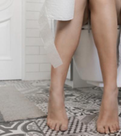 Mulher tem amnésia após sofrer forte constipação