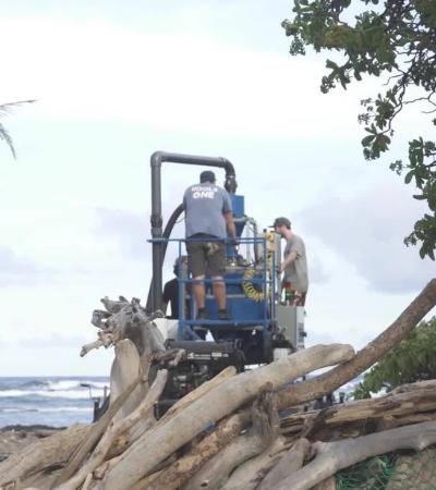 Aspirador gigante é criado por estudantes para retirar plástico das praias
