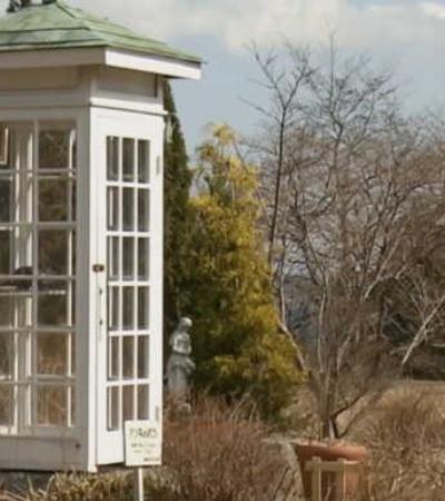 A triste história da cabine telefônica que liga nada a lugar nenhum