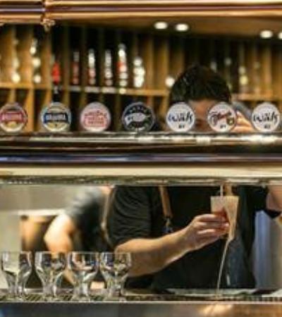 Ambev lança plataforma de cursos gratuitos de conhecimento cervejeiro