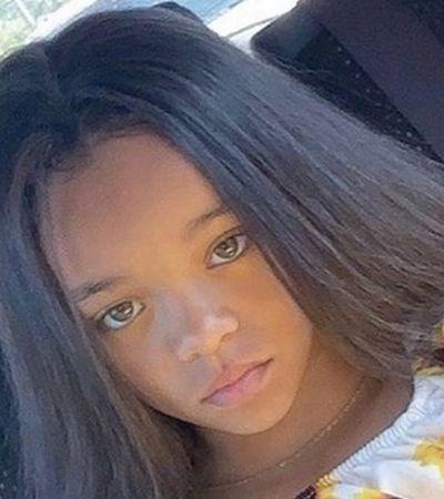 Rihanna posta foto de 'filha perdida' e internet não se aguenta