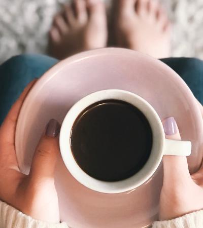 Empresa cria café com sabor completo do grão, mas sem amargor e divide opiniões