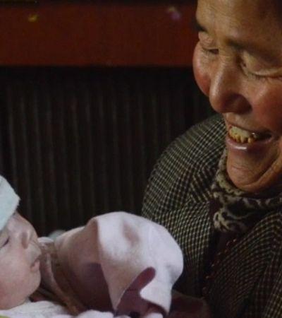 Ela adotou 45 crianças nos últimos 47 anos e transformou isso em missão de vida