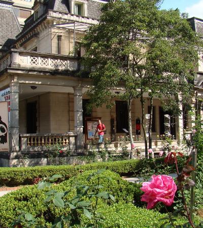 Clássico do cinema será exibido ao ar livre, no jardim da Casa das Rosas