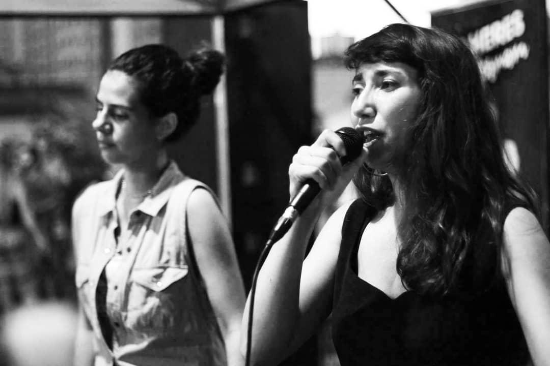 A cantora Aghata Saan é convidada da festa Java, do Dubversão Sistema de Som