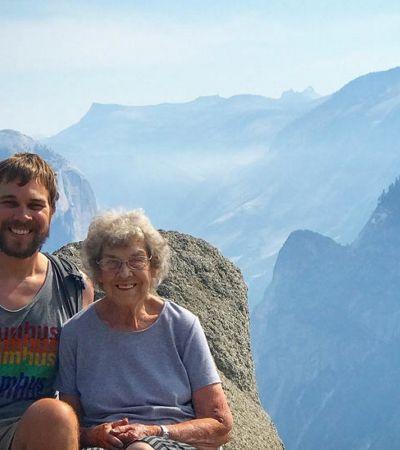 Neto leva avó de 85 anos para conhecer os 61 parques nacionais dos EUA