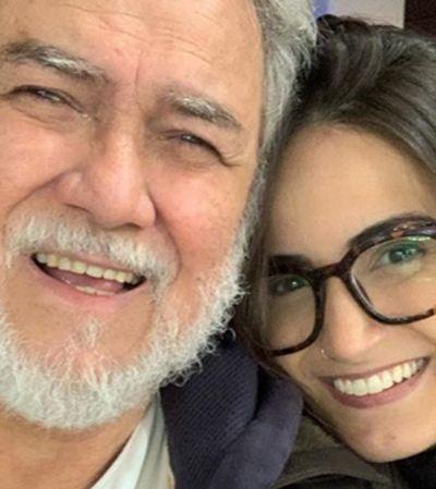 Mari Palma conta que pai deficiente visual fica à frente da TV para ouvi-la