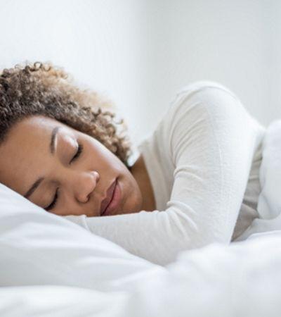 Pessoas otimistas dormem mais e melhor, aponta estudo