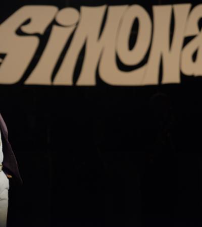 Protagonista de cinebiografia diz que Simonal sofreu com fake news: 'História dele é aprendizado'