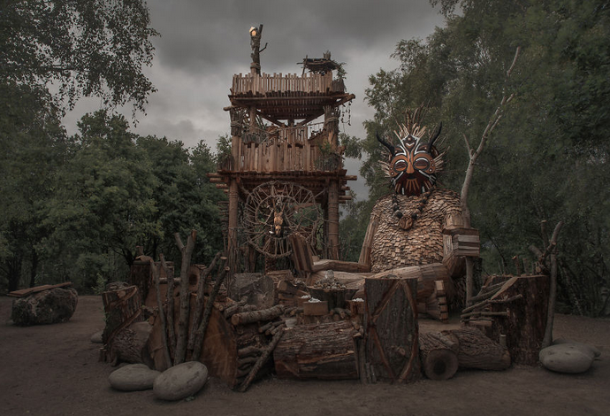 esculturas gigante madeira Bélgica 8