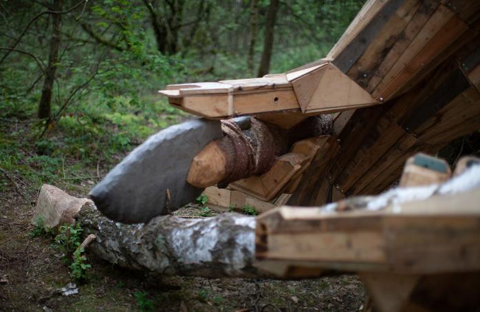 esculturas gigante madeira Bélgica 9