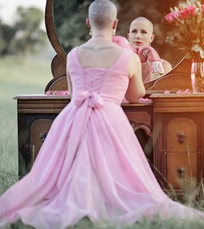 Série fotográfica impactante registra preparação de mulher para enfrentar câncer