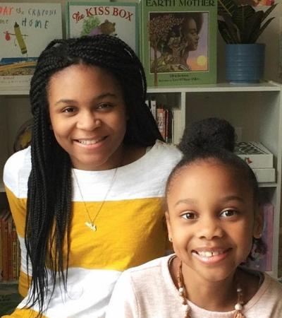 Estas duas irmãs leem histórias de dormir para crianças todos os dias ao vivo no Facebook