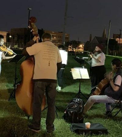 Eles tocam música clássica em cenas de crimes para ajudar vizinhos a superar trauma