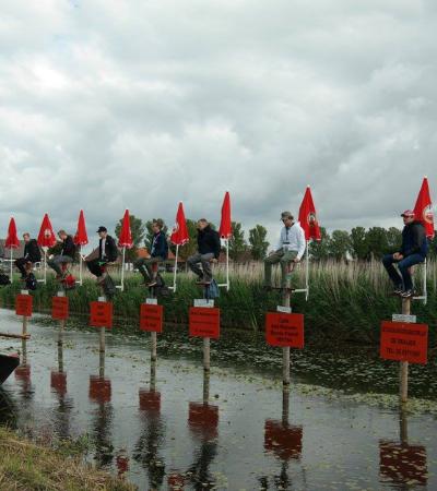 Ficar sentado num poste por horas a fio é um esporte competitivo na Holanda
