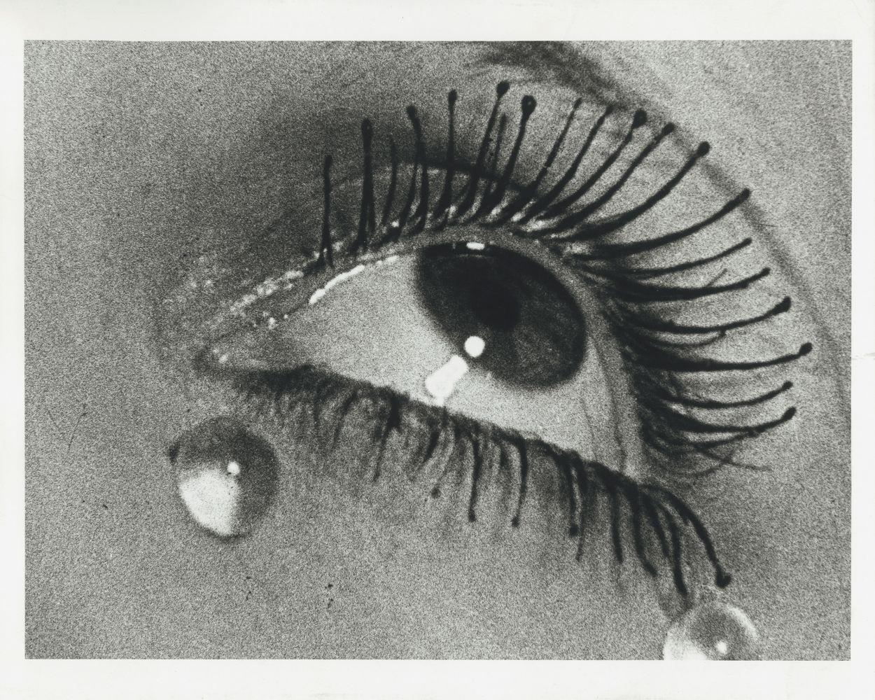 [As lágrimas], 1932, Tiragem moderna © Man Ray 2015 Trust
