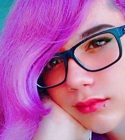 Pais são impedidos de cremar filha trans com nome social no DF