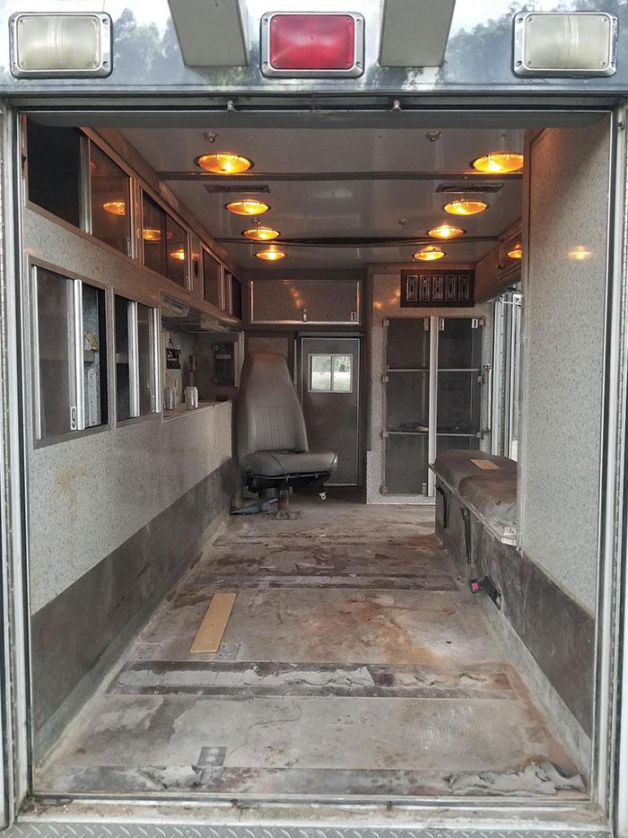 ambulância abandonada casa dos sonhos 3