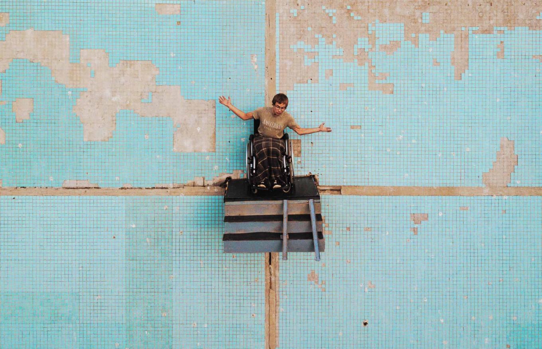 artista russo se equilibra 3