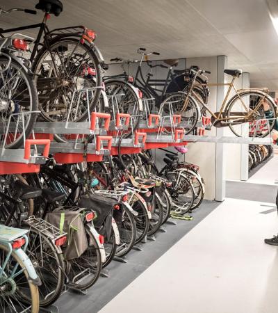 Com mais de 12 mil vagas, conheça o maior estacionamento de bike do mundo