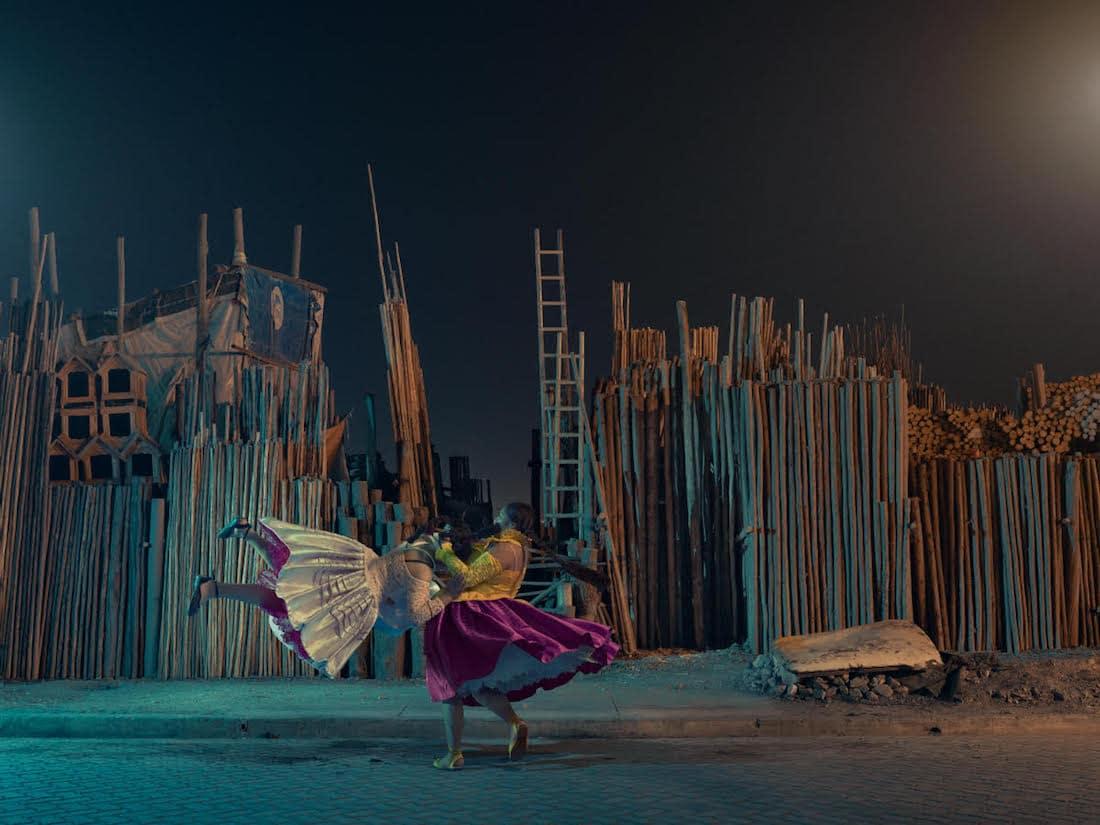 flying-cholitas-3