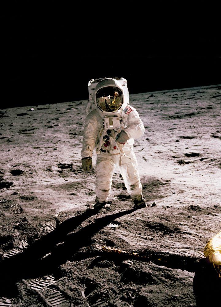 gel encontrado na lua 4