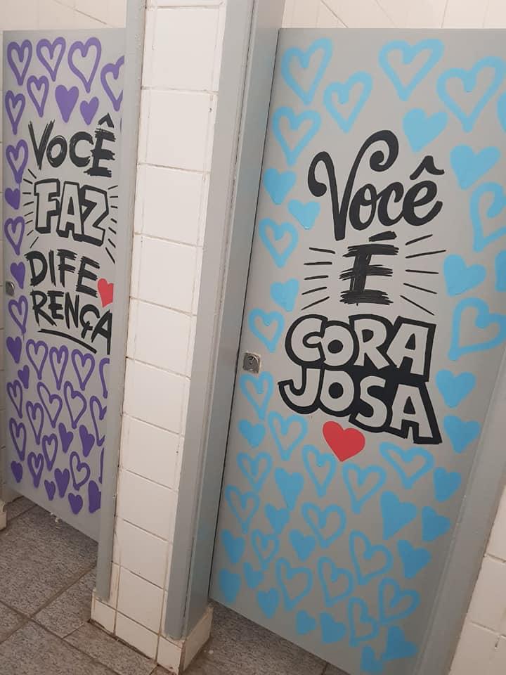 mensagens de esperança banheiro escola 8