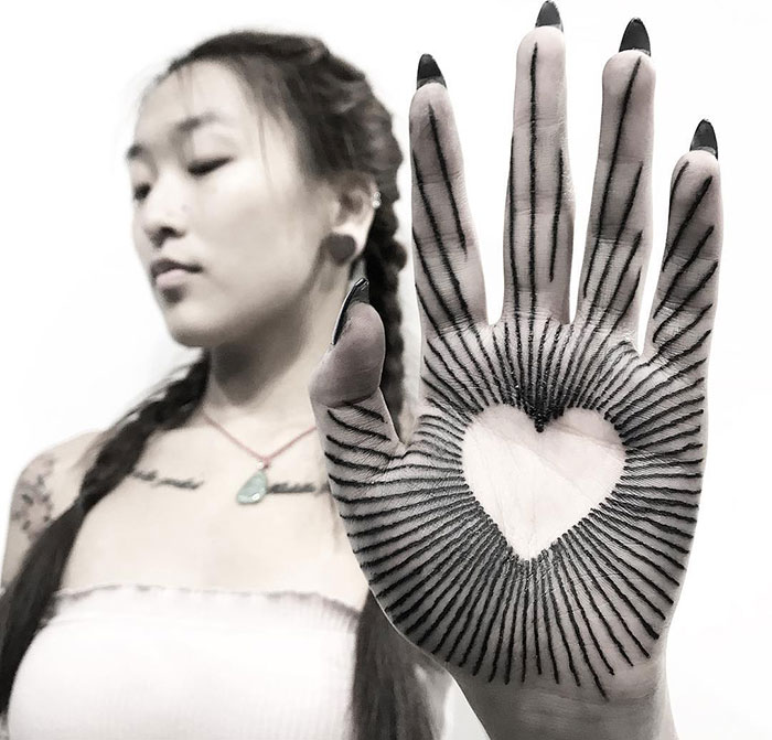 tattoo palma da mão 13