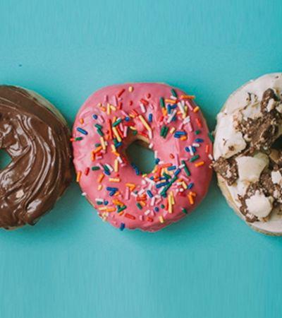 Namoradas faturam R$ 500 mil em um ano vendendo donuts na internet