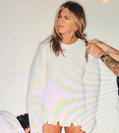 Jennifer Aniston faz post sincerão sobre o porquê de ser tão diva e ganha 5 milhões de likes