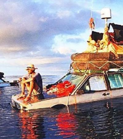 Eles cruzaram o Atlântico a bordo de um carro flutuante em 119 dias nos anos 1990
