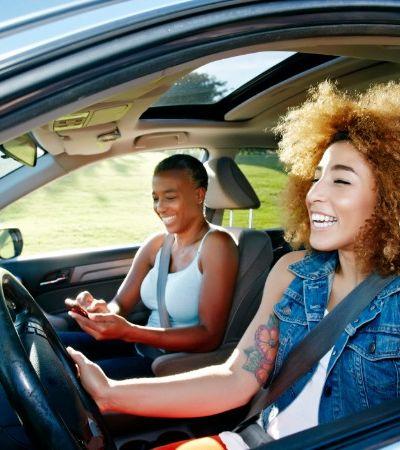 Uber vai permitir que motoristas mulheres transportem apenas passageiras
