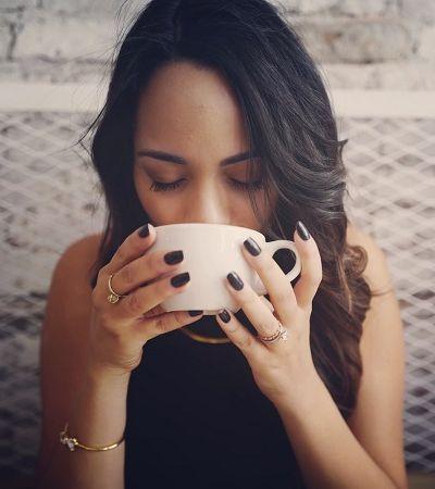 O que a preferência por café ou chá revela sobre a personalidade segundo este estudo