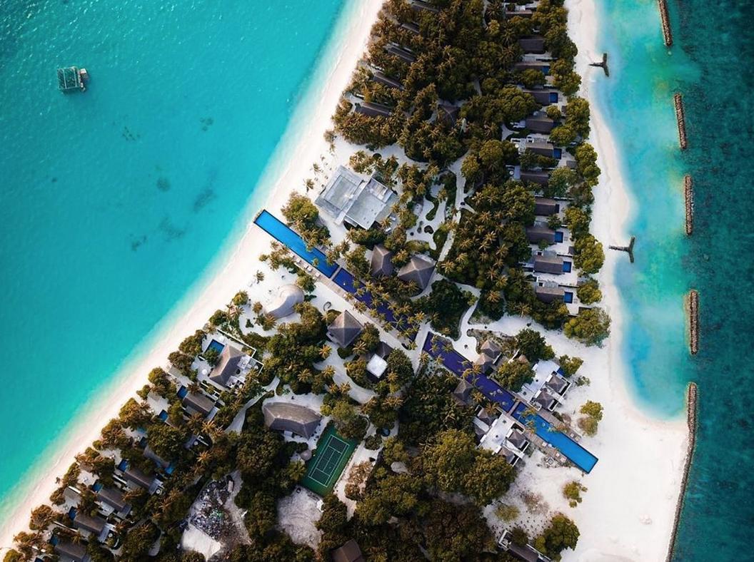 piscina atravessa ilha maldivas 4