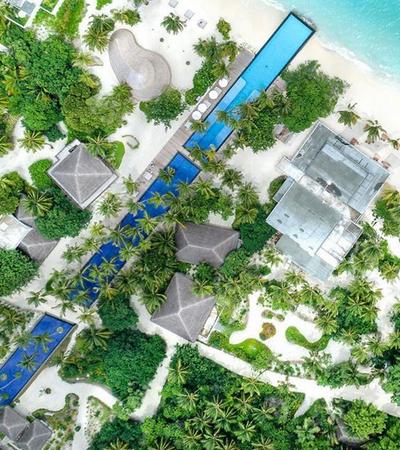Piscina surreal que atravessa uma ilha inteira é o mais novo destino dos sonhos nas Maldivas