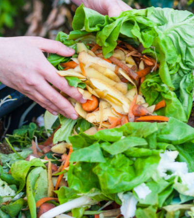 Restaurante da USP pesa sobras de alimentos para concientizar sobre desperdício