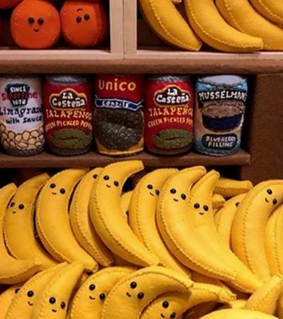 Artista cria supermercado inteiro feito de feltro e explode nível de fofura