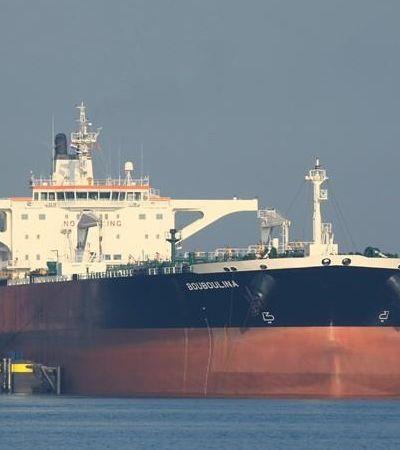 Embarcação grega está sendo investigada por vazamento de petróleo no nordeste