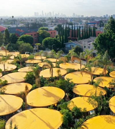 Los Angeles inaugura coworking que é uma floresta urbana com mais de 6 mil plantas
