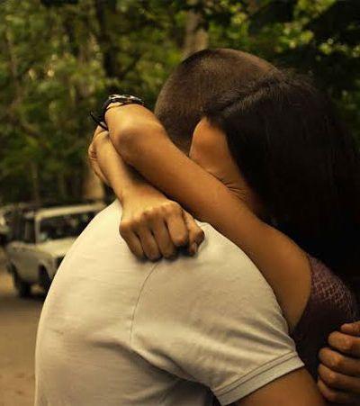 A narrativa de ser feliz no amor é o que deixa a gente triste com o amor | Do Amor #121