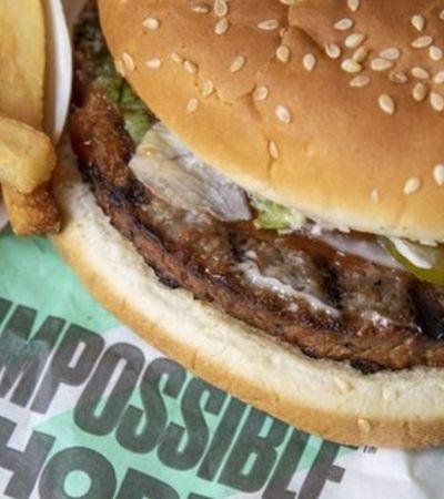 Cliente jura ter encontrado carne em hambúrguer vegano e processa Burger King