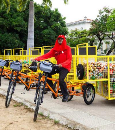 Catadores de material reciclável substituem animais por bicicletas de carga