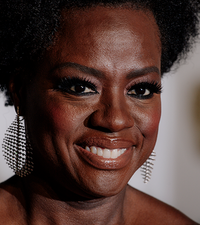 Viola Davis critica Hollywood por ter cogitado Julia Roberts para papel de abolicionista negra